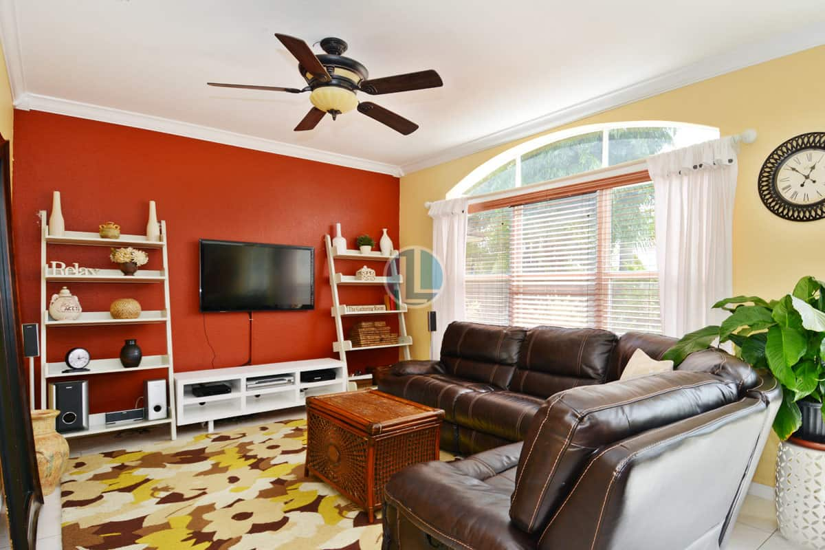 Family Room 7696 NW 19th St, Pembroke Pines, FL 33024